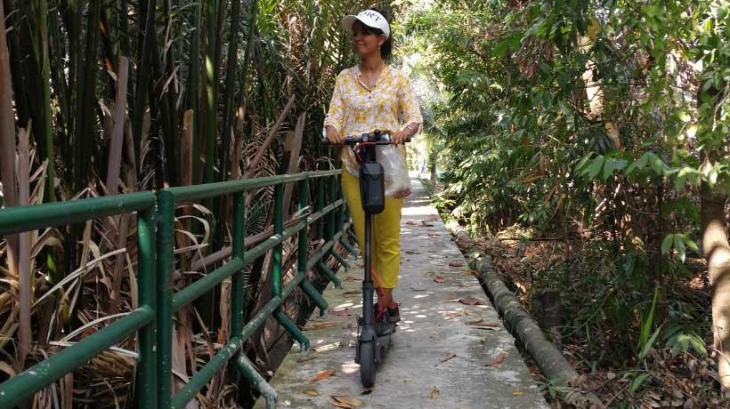 Bang-Kachao-tour-guide-scooter-tour