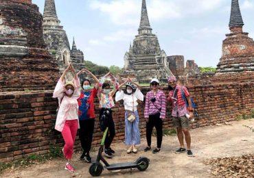 Having fun and scooting around Ayutthaya